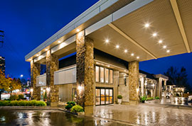 BEST WESTERN PLUS Kings Inn Burnaby Hotel
